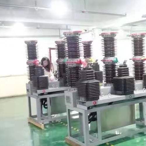 新乡市ZW7-40.5/630A电站型真空断路器