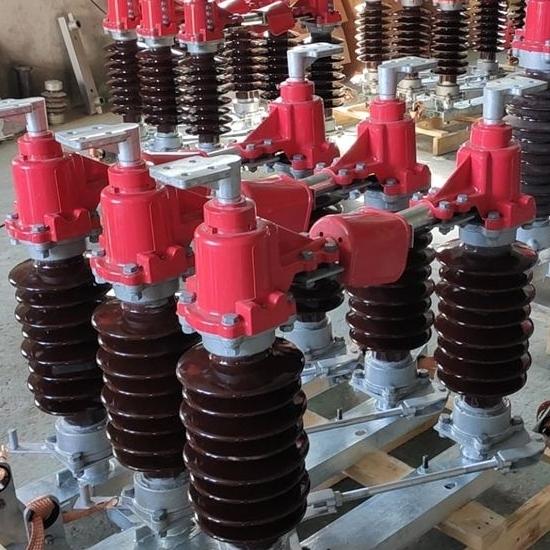 南网水平式35KV户外高压柱上隔离开关厂家