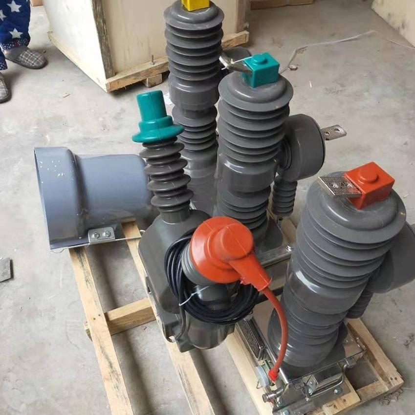 水电站ZW32-10高压断路器控制