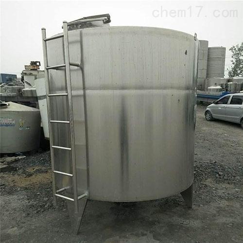 <strong>二手不锈钢10吨储罐品质可靠</strong>