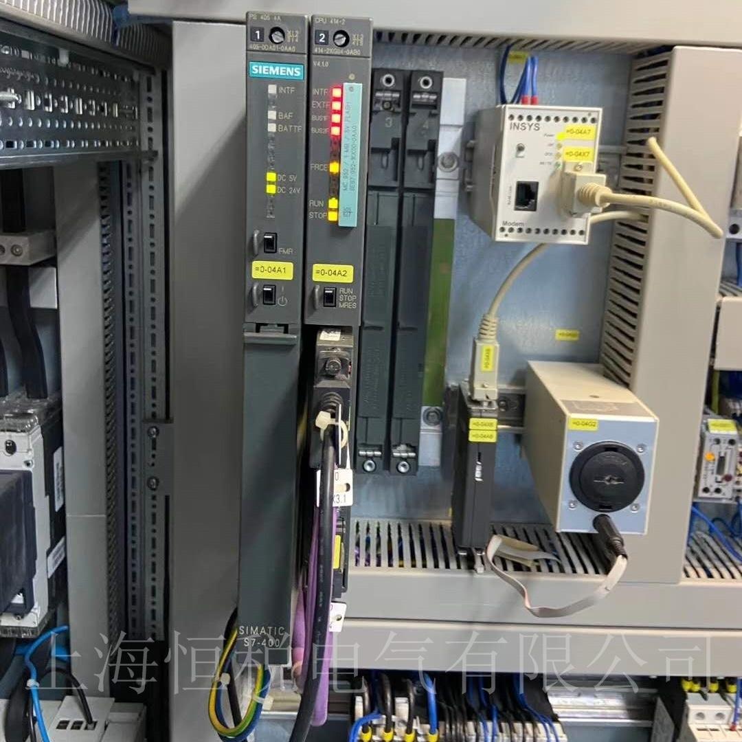 西门子PLC400上电指示灯一直闪解决方法