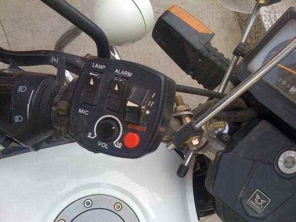 巡逻摩托车警灯  12V后警灯