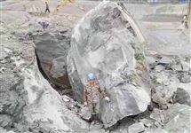 岩石静态爆破设计方案