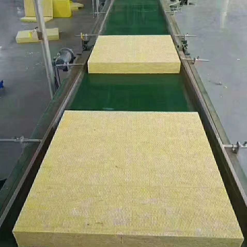 憎水岩棉复合板厂家价格