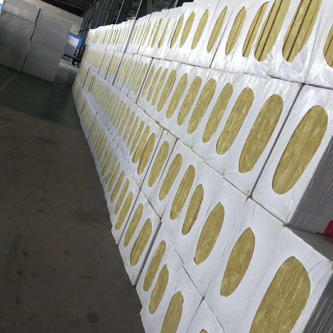 岩棉复合板现货供应
