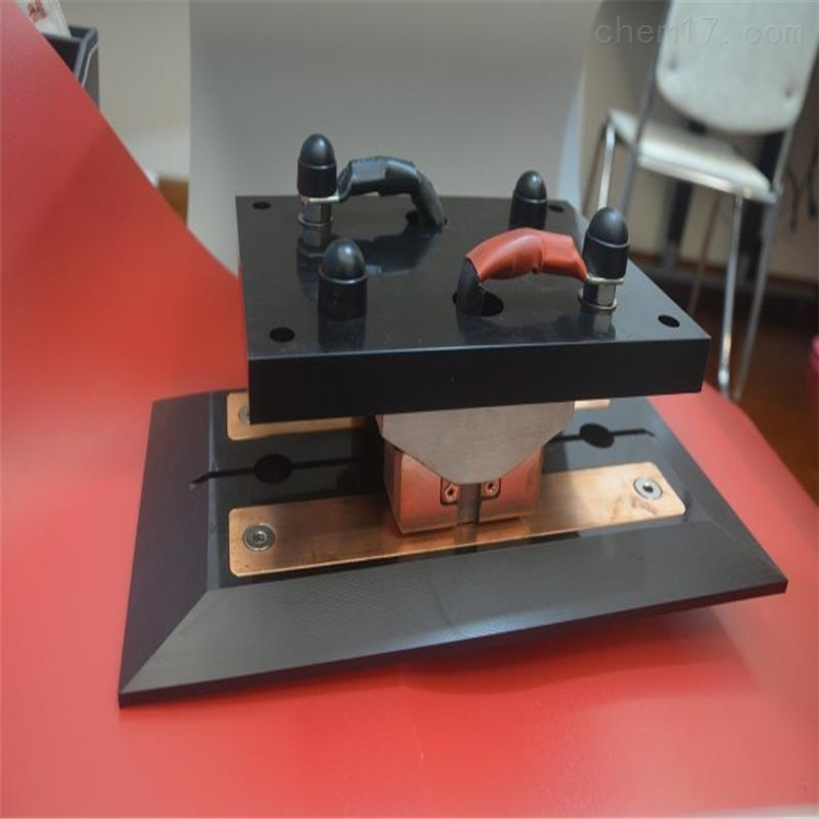 AGV智能机器人充电刷板刷块