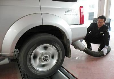 全国重点地区应统一尾气检测方法,加快相关标准,法规,规程和技术要求