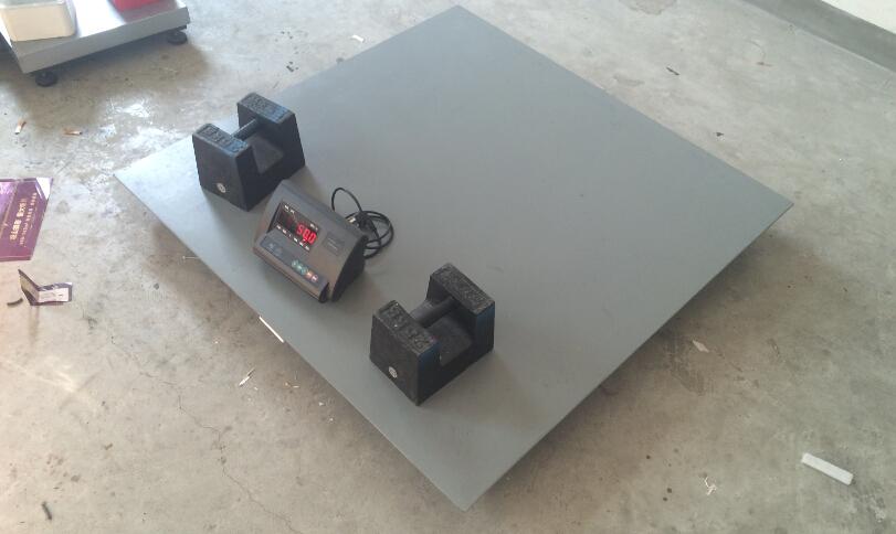 四,电子 地磅秤接线盒内电路板破坏.