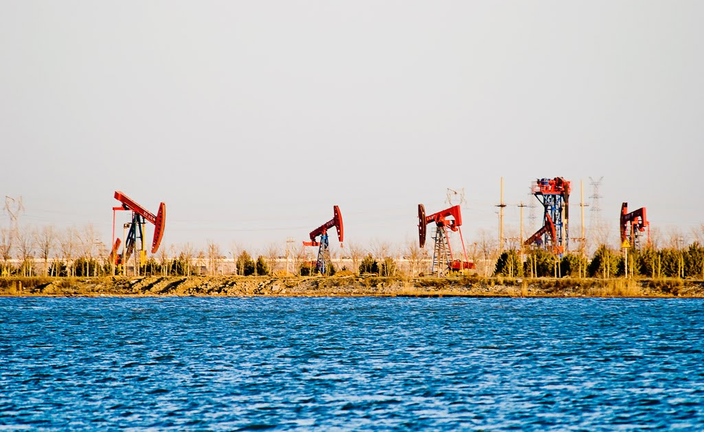 冀东油田实施环境监测精细管理纪实